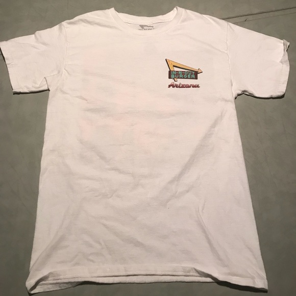 2a61f9a4e59 IN -N- OUT burger t shirt Arizona extra small